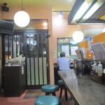 中華食堂一番館 - 入り口付近の光景