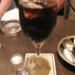 ライムライト - アイスコーヒー540円。 何の先入観もなく、飲んだらビックリ! 細かい表現は出来ませんが、美味しい!