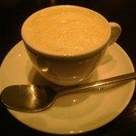 ヴィネリア・リンコントロ - カブのスープ カプチーノ仕立て 美味しかったです。
