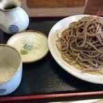 手打そば 悠 - 料理写真:田舎そば (大盛) 1,000円