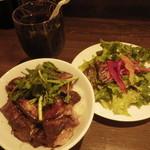 Bistro&Bar es - フレンチフォアグラ丼(880円)プラス100円のセット