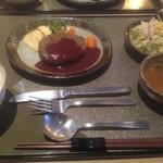 牛楽 - 料理写真:亀岡牛手ごねハンバーグランチ