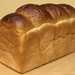 パン チキチキ - 料理写真:もちもちの食感。湯種のパン・ド・ミです。