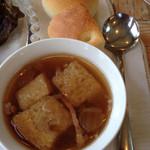 ラ・ドゥース・ヴィ - スープ