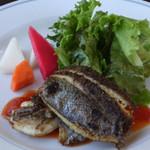 28201801 - 本日の魚料理:イサキのポワレ フレッシュトマトのソース