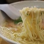 揚子江ラーメン 林記 - チャーシューワンタンメン(麺)