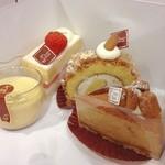 シュガーシャック - ショートケーキ シュガーシャック 黒砂糖のチーズケーキ プリン  いただきます!