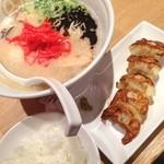 TOKYO豚骨BASE MADE by博多一風堂 -