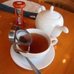 28228160 - ウバ紅茶