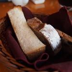 28228172 - 厚切りトースト&パン