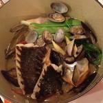 ラキュイエール - 北海道の魚介たっぷりブイヤベース(2,800円)2014年6月