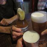 BACKPACKER'S CAFE 旅人食堂 - コロナ、ビアラオ、オリオンで乾杯!