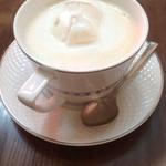 cafe パティオ - ロイヤルミルクティー