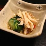 牛のよたれ - 前菜(ささ身、クラゲ、胡瓜の酢の物 (2014/06)
