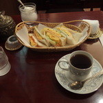 覇薇可否道 - エッグサンドとコーヒーのセット\1100