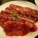 肉丸精肉店 - カルビ