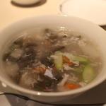 中国飯店 富麗華 - 純采と白きくらげのとろみスープ