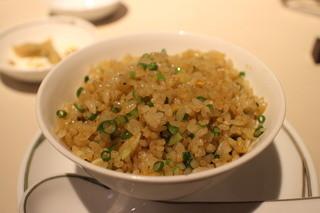 中国飯店 富麗華 - 生姜とネギの香り炒飯