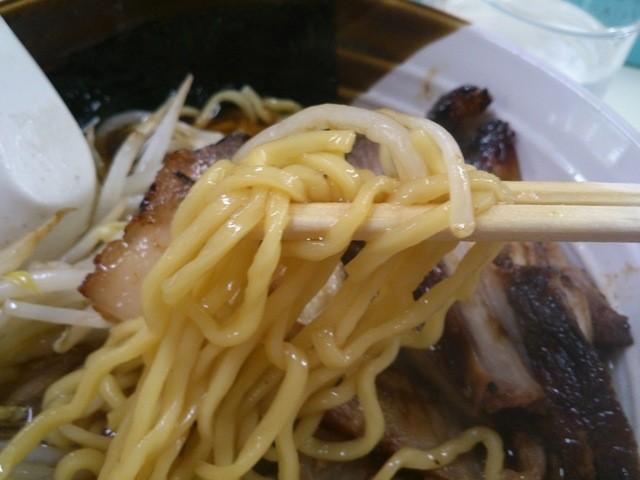 ジャパンラーメン高嶋 - 麺