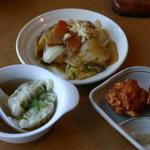 味の來々軒 - 水ギョーザ、八宝菜、から揚げ