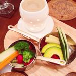 白のフライパン - 農園バーニャカウダ