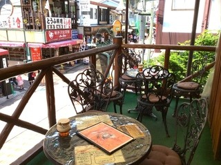 ミカドコーヒー 軽井沢旧道店 - 2階テラス席