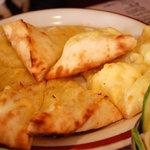 アジアンシルクロード - チーズナン