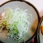 とんかつ さっぽろ 井泉 - キャベツの千切り美味しい‼︎です。