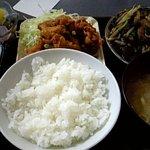 たんぽぽ食堂 - 唐揚げとレバニラ