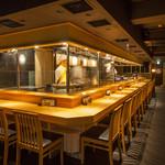 赤坂 金舌 - 内観写真:3~4名様にてカウンター角席もご利用頂けます