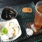 カフェ茶屋 珈夢 - 「紅茶三昧」600円  冷たい紅茶、紅茶アイス、紅茶ゼリー、珈琲せんべい  h26.6.16撮影