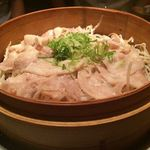 冨紗家 - コース内の豚肉ともやしの蒸し物。ポン酢でさっぱりと戴きます♪