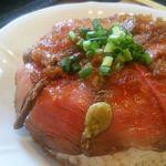 葉山食堂 - 牛タタキ丼。