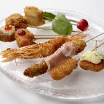 GDF KITCHEN - バラエティー豊かな串揚げは全32種をご用意!