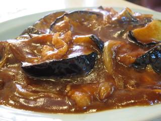 千成飯店 - 玉ねぎ、豚肉、茄子が熱々でジュッ、っと。