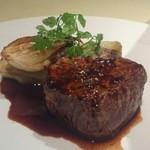 セレスティ - 和牛肉のステーキ(フィレ) 赤ワインソース +1,000円 相方