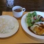 カフェ&レスト プライム - エンジョイランチ 950円