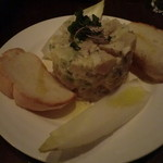 サンドグラスカフェ - 炙りカジキのタルタル