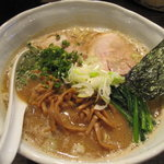 RAMEN CiQUE - 醤油ラーメンん+メンマ+巻きバラチャーシュー1枚