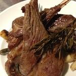 ワイン食堂 久 - 料理写真:骨付き仔羊のニンニク・ローズマリー焼き