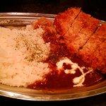 讃岐流坦々麺と大宝寺カレーの専門店 北斗辛軒 -