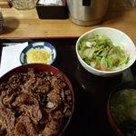 まるたか - 豚蒲丼700円(税込)
