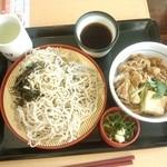 なか卯 - 山わさび蕎麦とすきやき丼