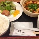味亭 - 水曜の麻婆豆腐ランチ