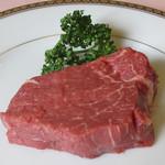 国産牛フィレ肉のステーキ150gランチ