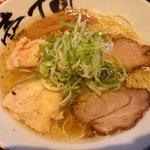 壱丁目ラーメン - 昼限定20食のダブル肉旨塩:630円