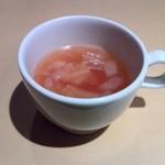 銀座イタリアン Fabi's  - 野菜コンソメスープ
