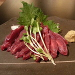 創作キッチン戎 - 博多から直送してます「天然赤身馬刺し」