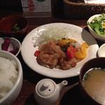 kawara CAFE&DINING - 日替り定食 いろいろ野菜とチキン