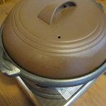 門司はぎの亜紀丸 - 牡蠣、焼いてます